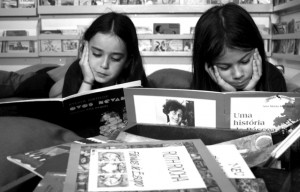 Kids Reading, by Joana Franca